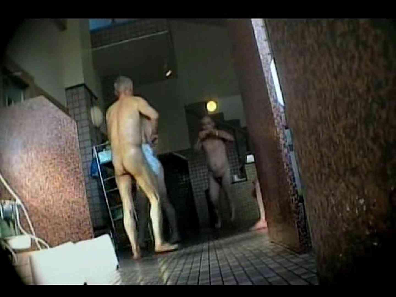 素人投稿!ノンケさん達の平然とした裸体覗き! 覗きお宝 ゲイ流出動画キャプチャ 107連発 17