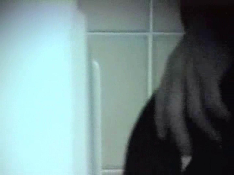 内某所!禁断のかわや覗き2010年度版VOL.2 念願の完全無修正 | 覗きお宝  81連発 9
