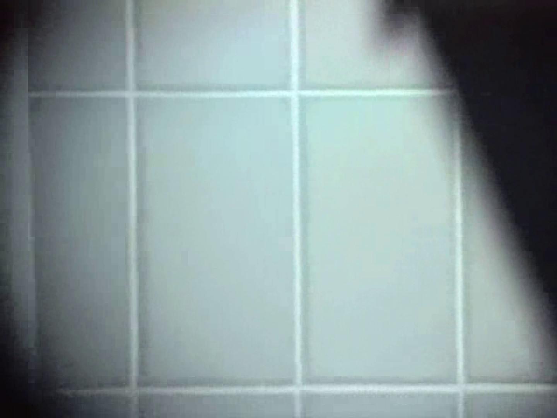 内某所!禁断のかわや覗き2010年度版VOL.2 念願の完全無修正 | 覗きお宝  81連発 33