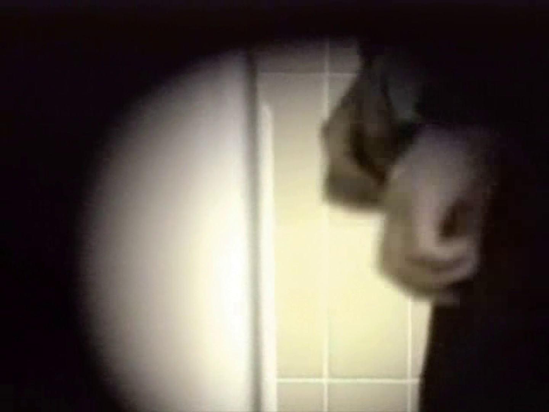 都内某所!禁断のかわや覗き2010年度版VOL.3 男に首ったけ  69連発 32