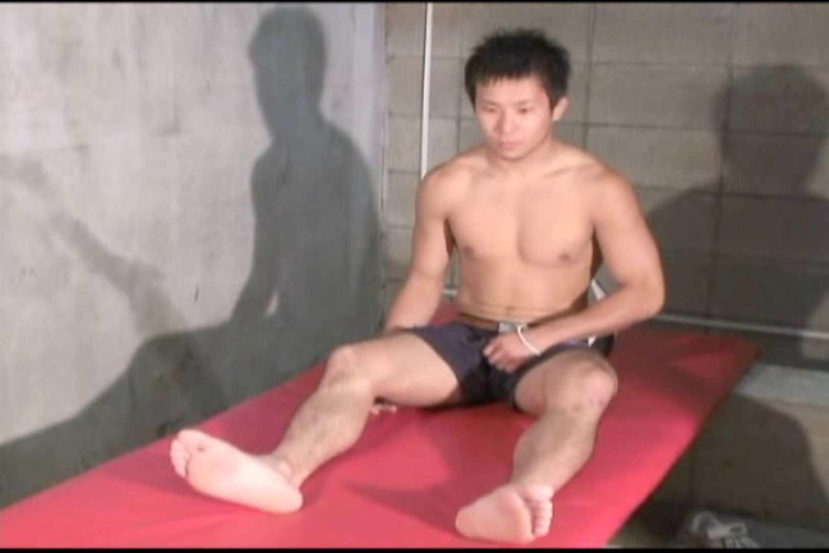 初々しさがたまらない若くてかわいげなのスポーツマン。 念願の完全無修正 ゲイヌード画像 96連発 38