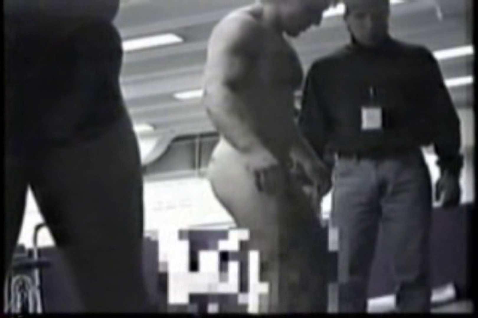 洋人さんの脱衣所を覗いてみました。VOL.6 肉肉しい男たち | 男に首ったけ  22連発 13